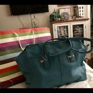 🌷Gorgeous Teal Coach Leather Bag